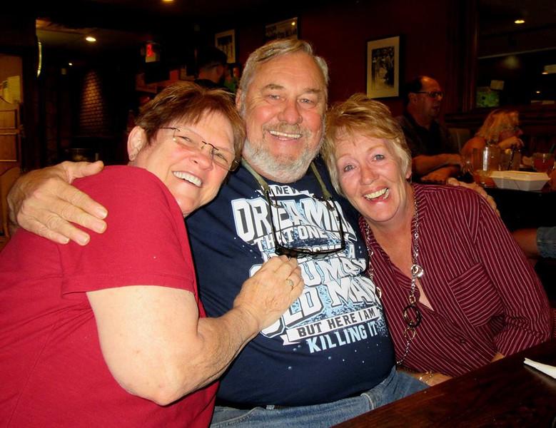Jim & The Girls at LMNM 10-2016.jpg