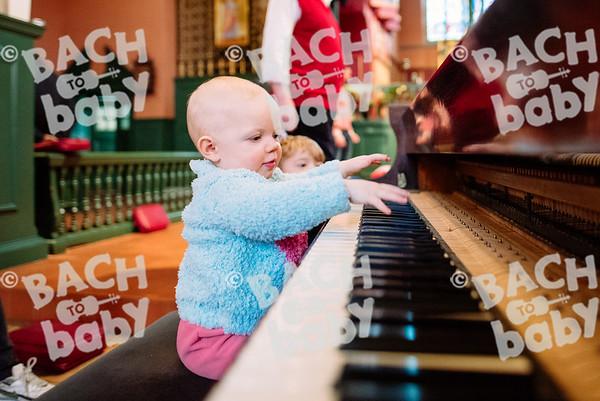© Bach to Baby 2016_Alejandro Tamagno_Chiswick_2016-12-23 063.jpg