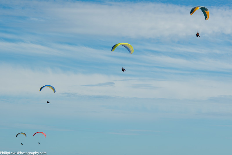 Paragliders in Carpinteria-2.jpg