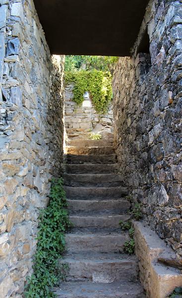 Italy-Cinque-Terre-Hiking-Blue-Path-Trail-04.JPG