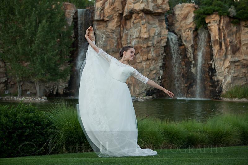 M & M Bridals-364.jpg