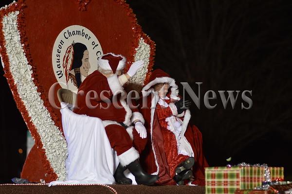 11-28-15 NEWS Wauseon Parade