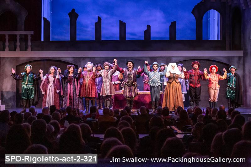 SPO-Rigoletto-act-2-321.jpg