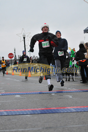 5K Finish, Gallery 2 - 2012 New Baltimore Jingle Bell Run