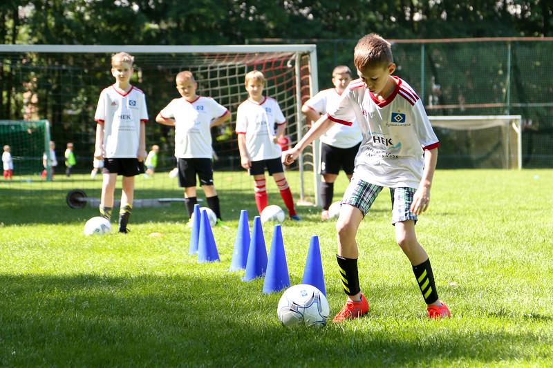 hsv_fussballschule-294_48048034067_o.jpg
