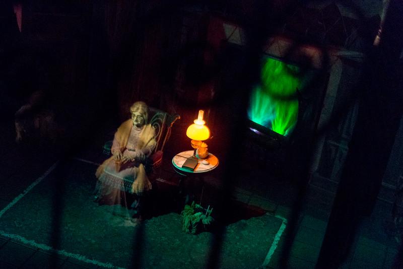 Haunted Mansion Rocking Chair - Magic Kingdom Walt Disney World
