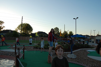 Katy Vineyard Youth Mini Golf night