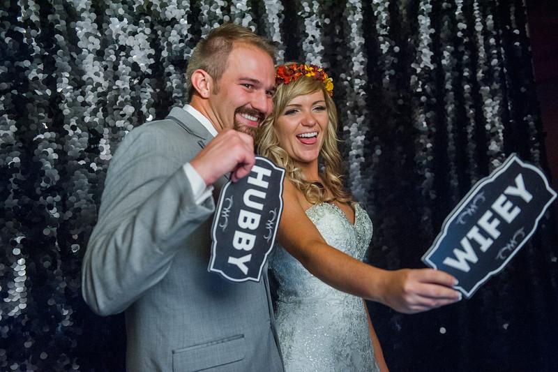 Jodi-petersen-wedding-590.jpg