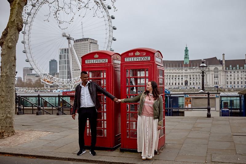 London-photo-shoot-westminster-buckingham-palace-Tower-bridge-black-cab-taxi 93.jpg