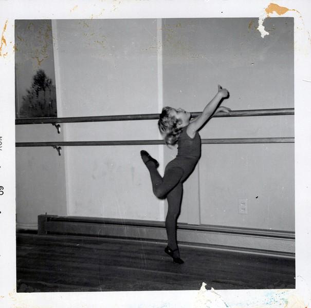 Dance_2980_a.jpg
