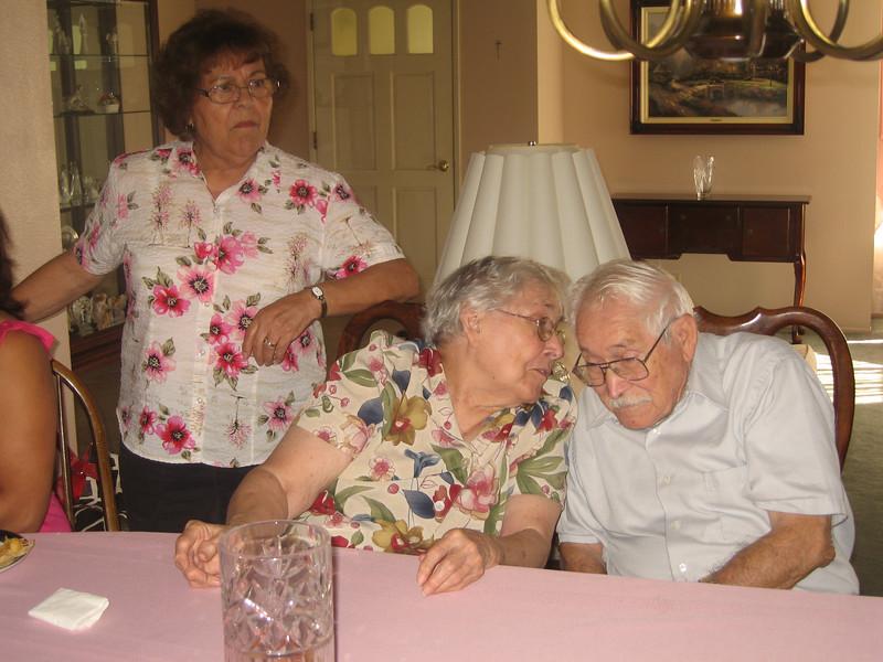 080927 Reunion at Dorothy and Ken-46.jpg