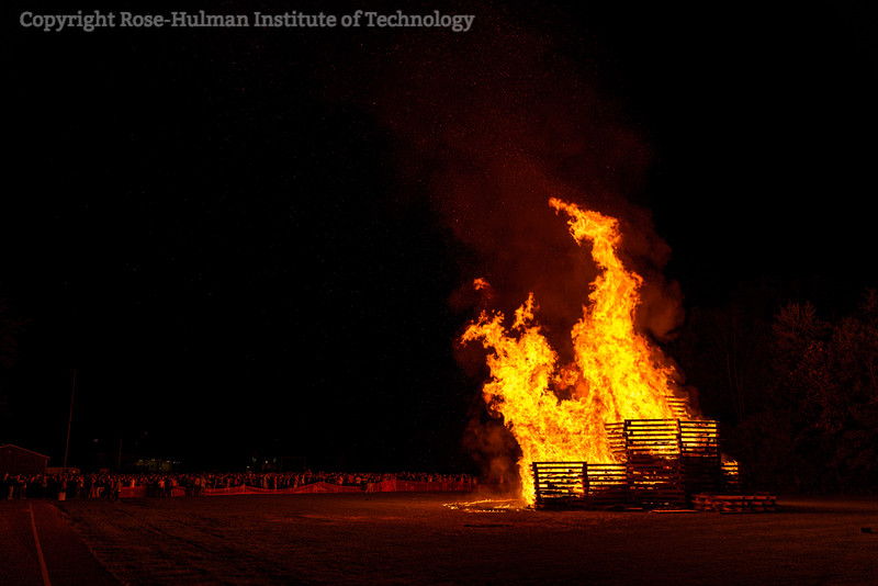 RHIT_Homecoming_2019_Bonfire-7434.jpg