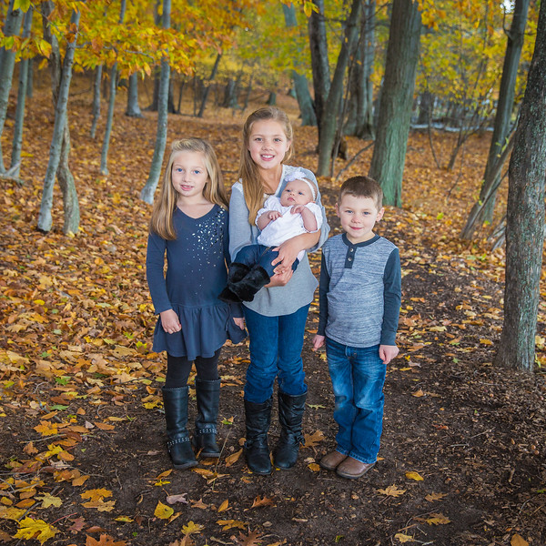 Another awesome fall family session! Here's a sneak peek at the Couturier family session; these kids had a ton of energy and did a great job even with the chilly weather. More pics soon!