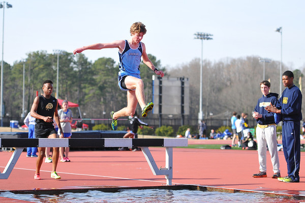 2014 DHS Track - Viking Relays