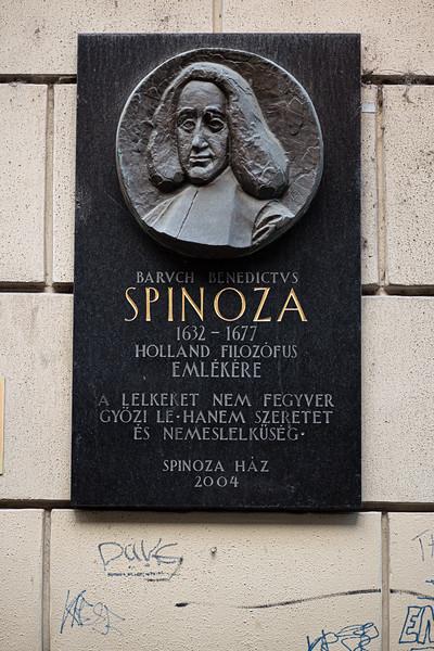 plaque at Spinoza Cafe Budapest.jpg