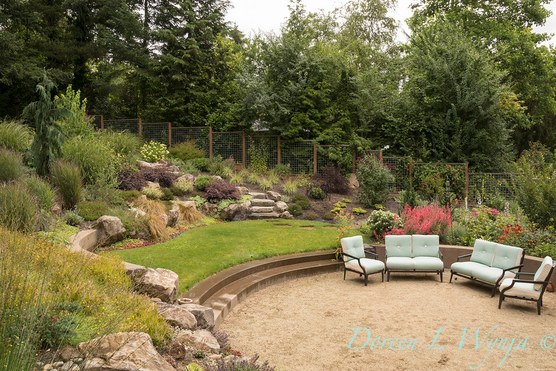 Lucy & Susan - Letson garden_710.jpg