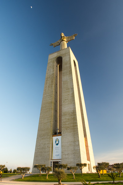 Christ the King, Lisbon