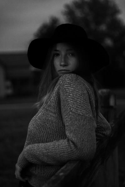 Emma-Gabby-52.jpg