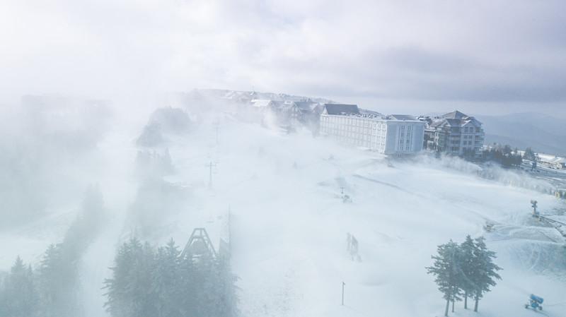 Snowmaking 1920-0812.jpg
