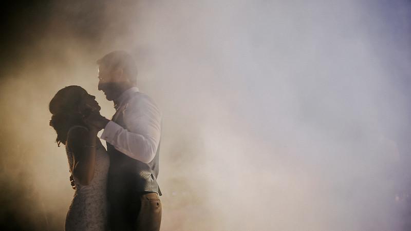 Tu-Nguyen-Destination-Wedding-Photographer-Santorini-Rocabella-Hotel-Euna-Ehsan-874.jpg