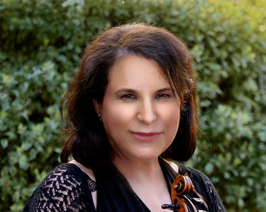 Ruth Ellen Kahn, violist