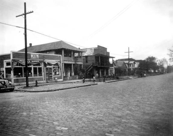Davis St Commercial2 - 1941.jpg