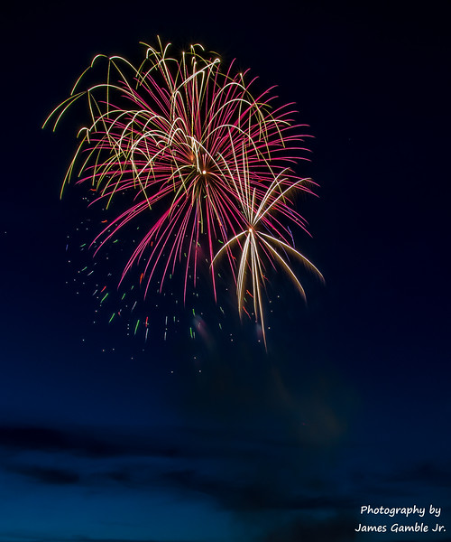 Fourth-of-July-Fireworks-2016-0287.jpg