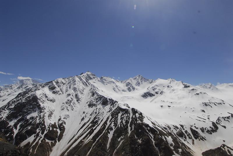080502 2360 Russia - Mount Elbruce - Day 2 Trip to 15000 feet _E _I ~E ~L.JPG