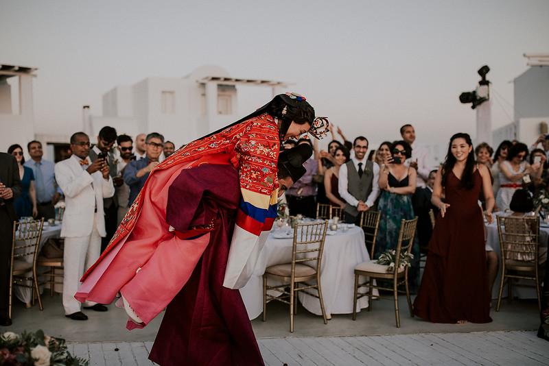 Tu-Nguyen-Destination-Wedding-Photographer-Santorini-Rocabella-Hotel-Euna-Ehsan-674.jpg