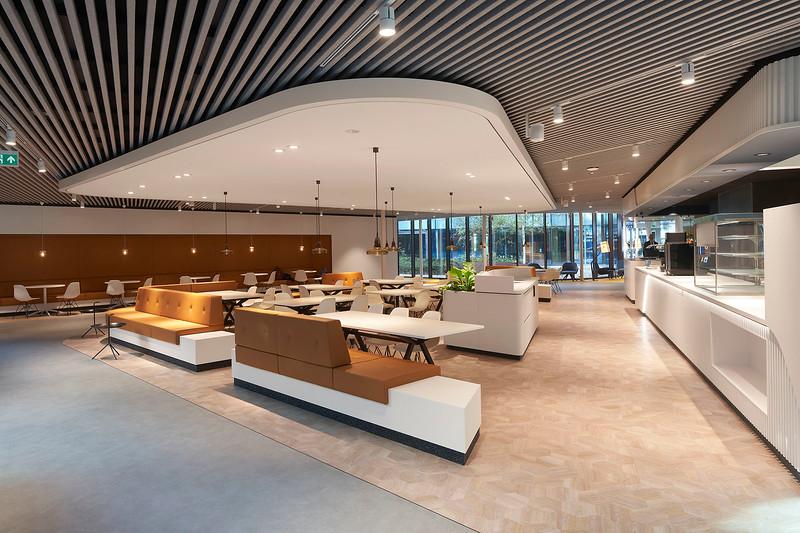 Office Double U Den Haag. Cushman & Wakefield