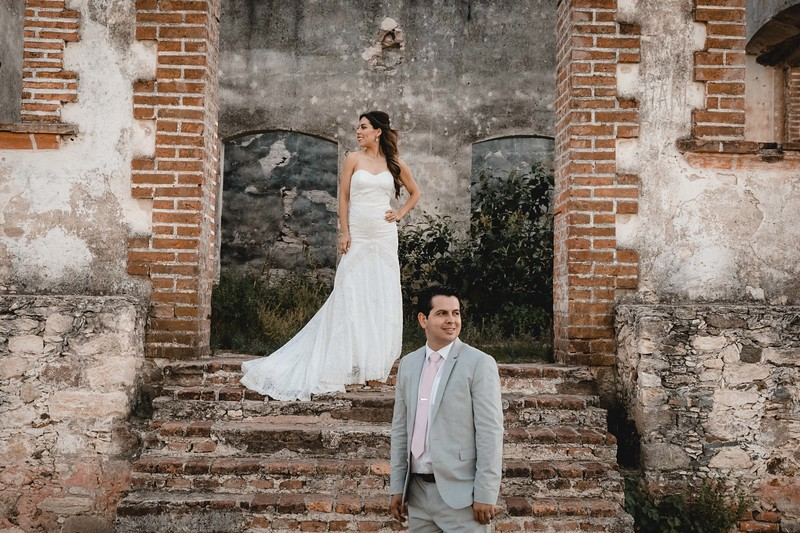 P&H Trash the Dress (Mineral de Pozos, Guanajuato )-111.jpg