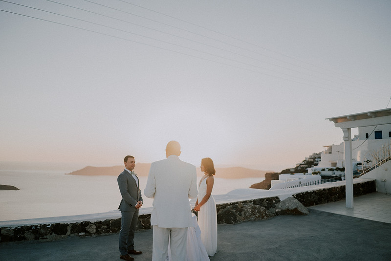 Tu-Nguyen-Destination-Wedding-Photographer-Santorini-Elopement-Alex-Diana-113.jpg