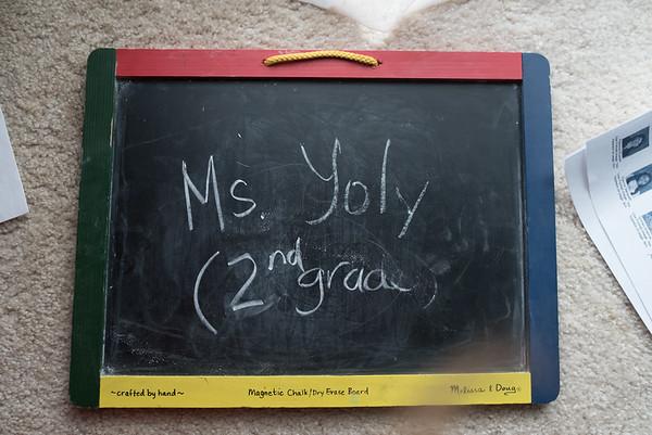 Ms. Yoly - (2nd Grade)