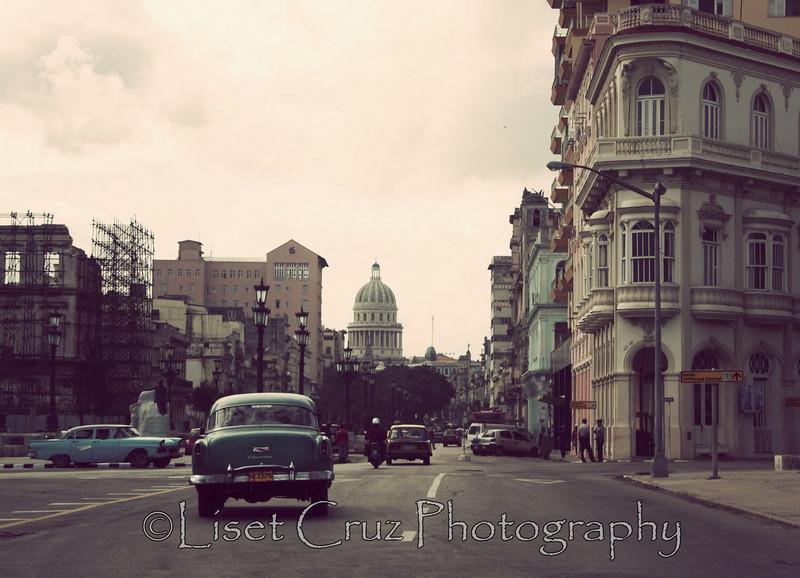 Por el Prado Havana, Cuba.