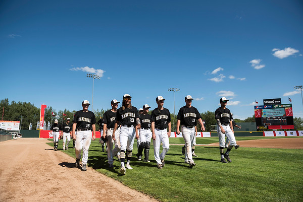 DAVID LIPNOWSKI / WINNIPEG FREE PRESS  Team Manitoba prepares to start their semifinal Canada Summer Games baseball game against Alberta Thursday August 3, 2017 at Shaw Park.