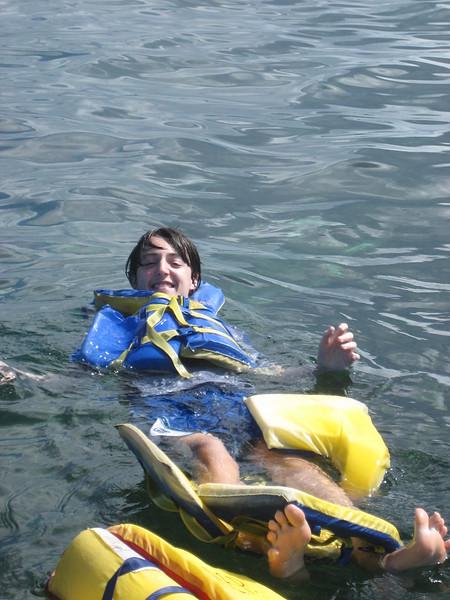 2006-02-21-0031-Thompson Family Adventures trip to Panama with Hahns-Day 4-Bocas del Toro, Salt Creek-Evan.JPG