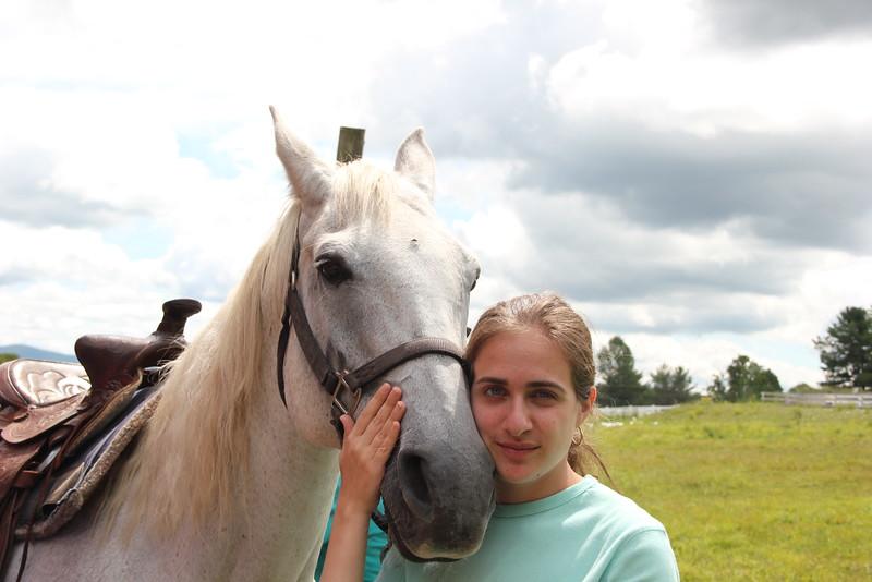 kars4kids_thezone_camp_girlsDivsion_activities_HorseBackRiding (30).JPG