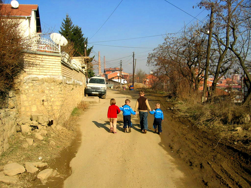 Children in Kosovo.jpg