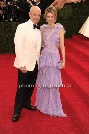 Jonathan Tisch and Lizzie Tisch photo by Rob Rich © 2014 robwayne1@aol.com 516-676-3939