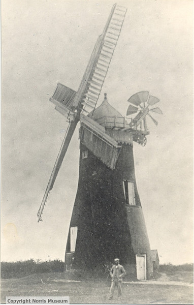 PH/SPALD/45: Spaldwick Mill with tower, John Belton, sometime before 1922