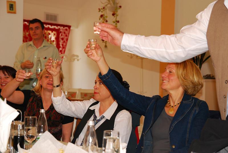 NES TT - 27, May 2010 (Evening Party - Poiana Brasow - ROXE'S Resaturant) Cheers! ;)