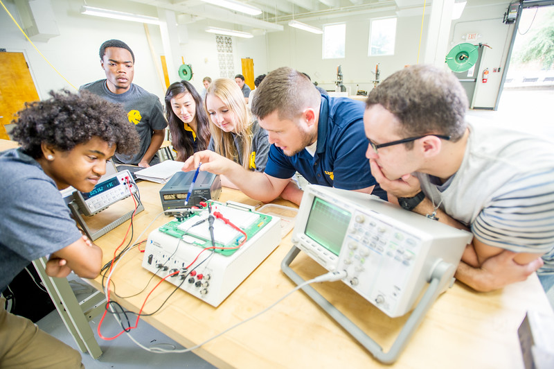 17339-Electrical Engineering-8333.jpg