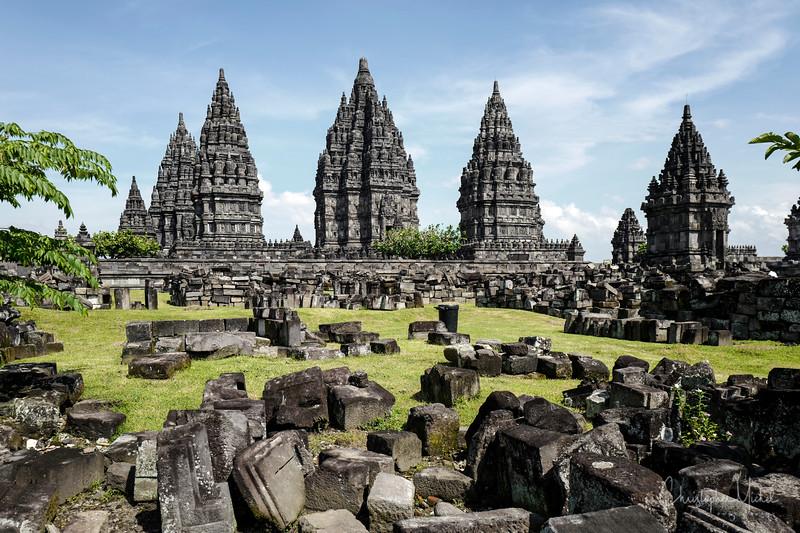 3-31-16112604 Prambanan Temple Yogyakarta Indonesia.jpg