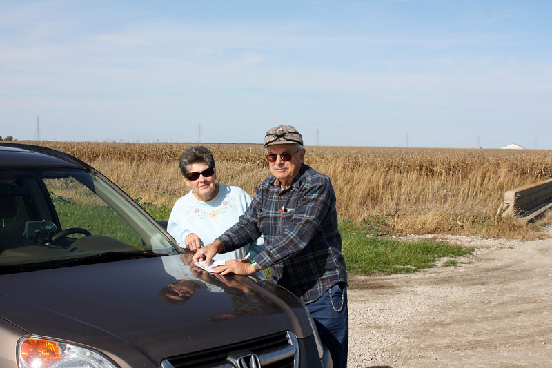 I met this nice couple, Al and Judy,  who drove all the way from Stevensville, MI to see the wind farm.  I think they were enjoying the trip. :-)