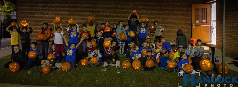 Cub Scout Pumpkin Carving 2018-169.jpg