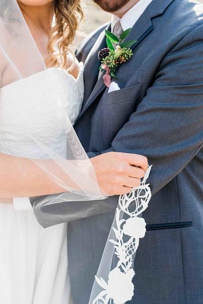 Las Vegas Elopement in the desert with mountain veiws - Elopement vs Wedding -Kristen Krehbiel Kristen Kay Photography-56.jpg