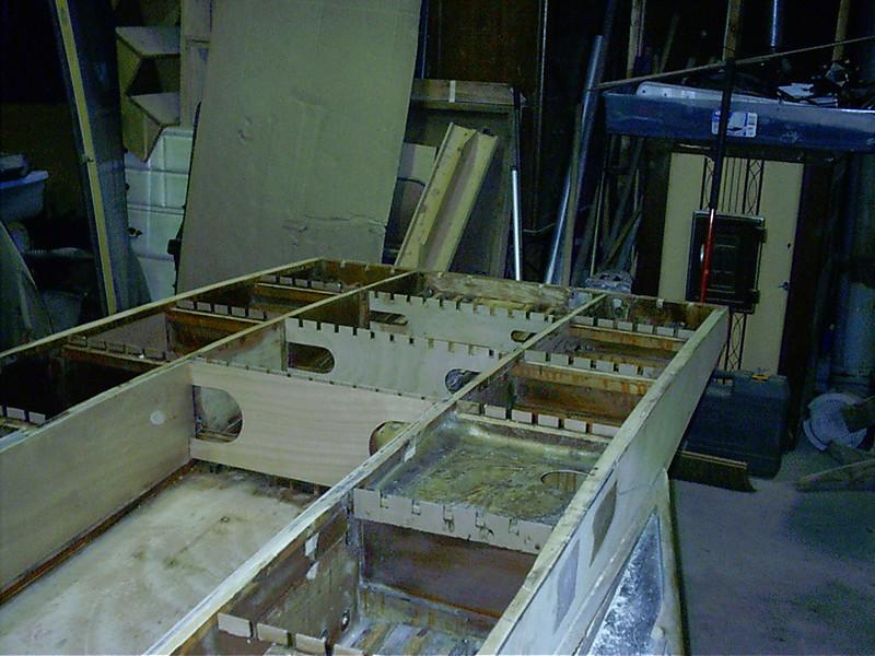 New bulkheads and batten fingures installed.