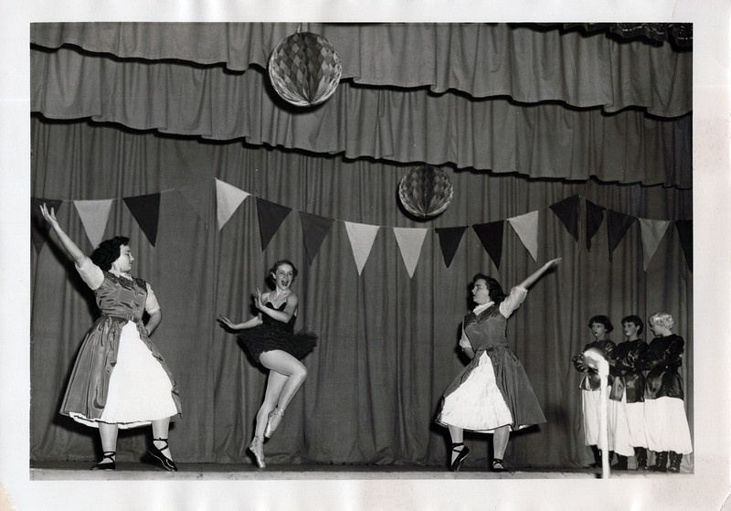 Dance_1305_a.jpg
