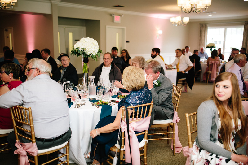 amie_and_adam_edgewood_golf_club_pa_wedding_image-853.jpg