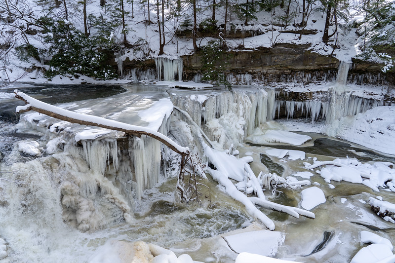 Great Falls of Tinkers Creek in winter